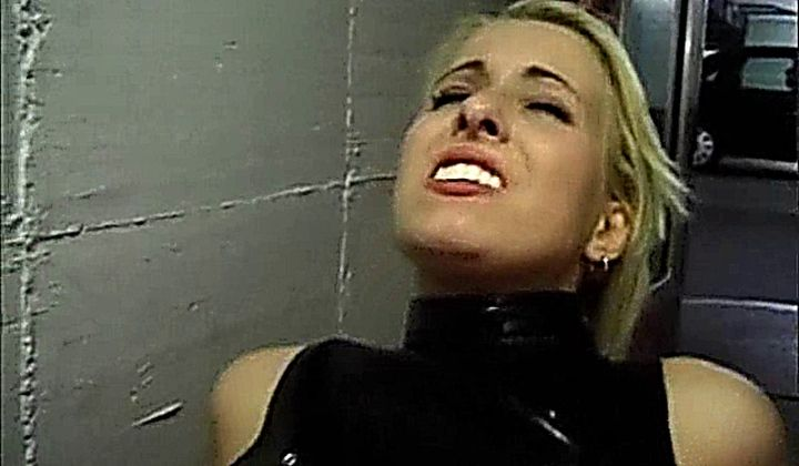 Von Frauen Vergewaltigt Latex Ride Blonde German Randy Dogg…